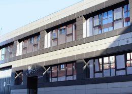 Pelucas en Madrid fachada